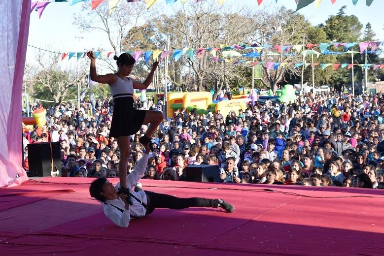 Juegos, sorteos y diversión convocaron a multitudes de niños