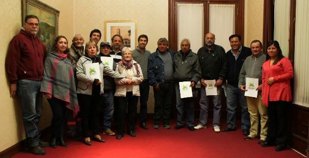 El Municipio entrega categorías a trabajadores comunales