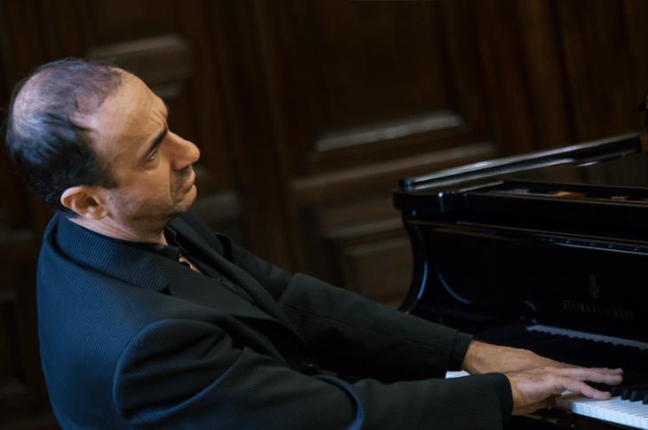 Concierto de piano en el Colegio Nacional