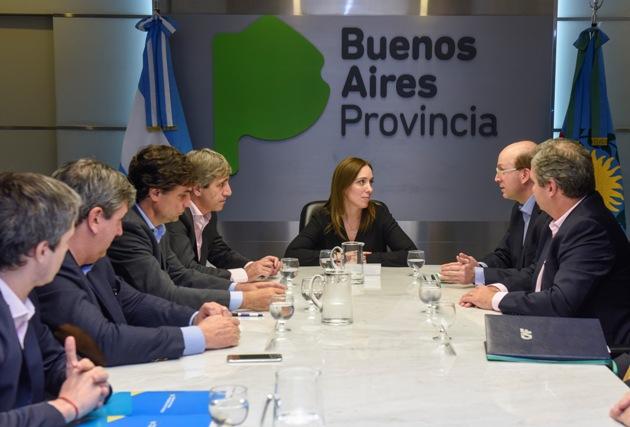 Provincia firmó contrato de préstamos para las obras en Río Luján