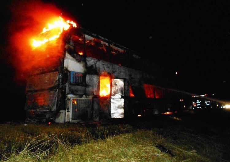 Incendio vehicular en Ruta 5 a la altura de Suipacha