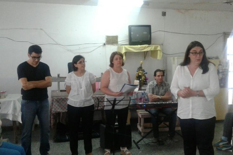 Coro Municipal de San Andrés de Giles cantó para las internas de la Unidad 5
