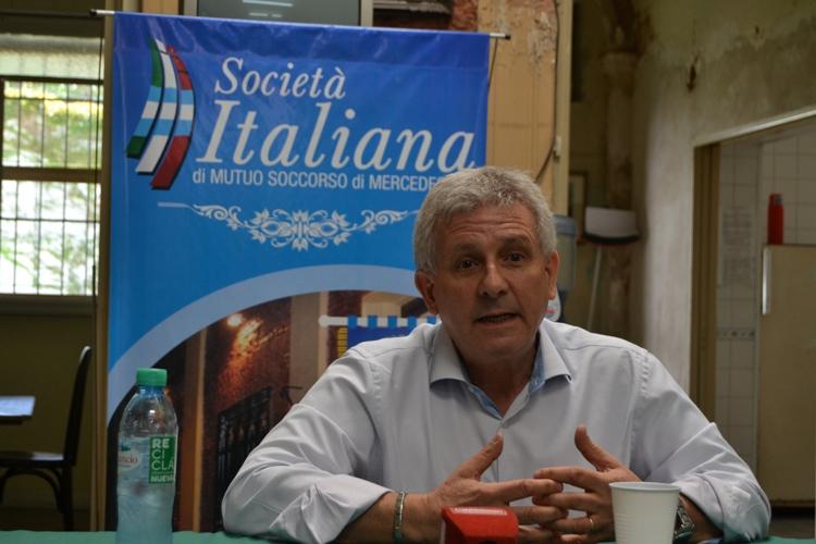El Candidato de Forza Italia Nicolás Moretti visitó la Sociedad Italiana