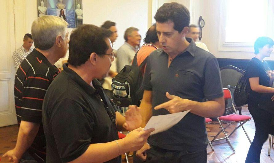 De Pedro se reunió con los trabajadores de Ferrobaires despedidos por Vidal
