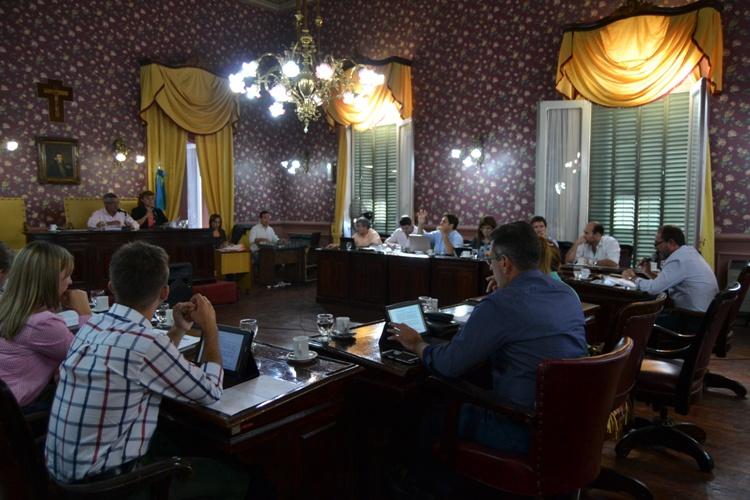 Concejales ratificaron una ordenanza en beneficio de personas hipoaúsicas