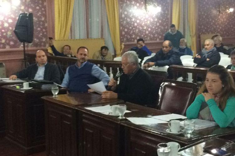 Ex trabajadores de Karavell piden que el HCD interceda para que EDEN no les corte la luz
