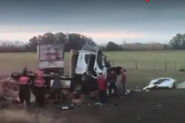 Un fallecido: choque en ruta 41 entre camión y camioneta