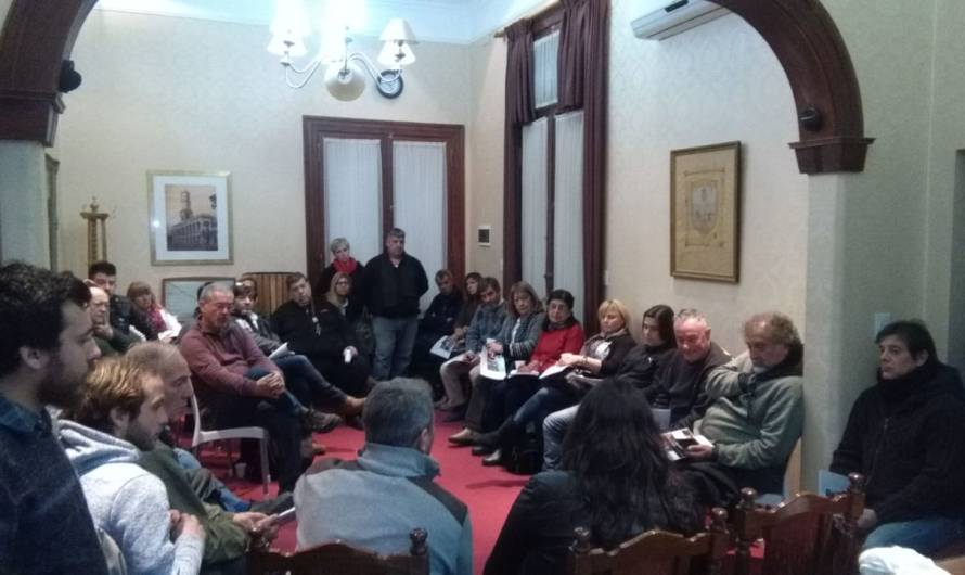 Turismo como eje en encuentro de prestadores, Ustarroz y representantes de UBA