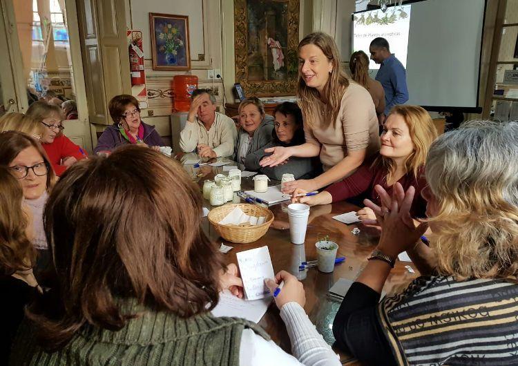 Continúan los talleres municipales para Adultos Mayores
