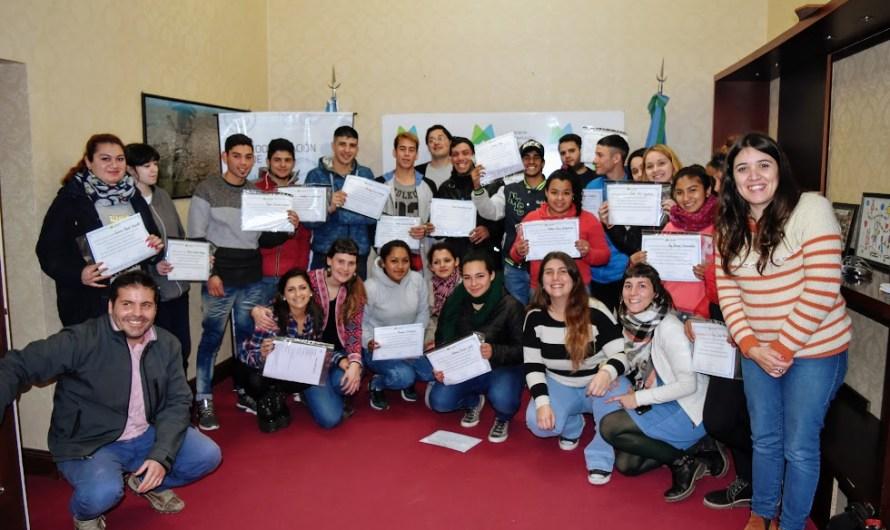 Se entregaron certificados del programa «Jóvenes con más y mejor trabajao