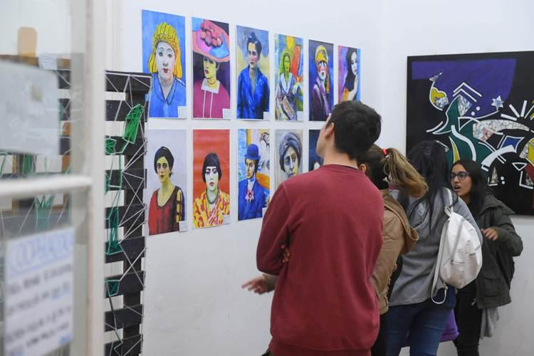 """Muestra en la Escuela de Arte """"Fifo Roggero"""""""