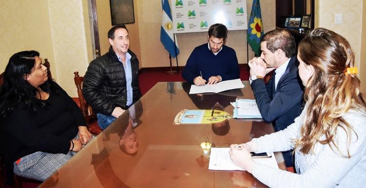 Municipio firma convenio con el Centro de Formación Profesional N° 401