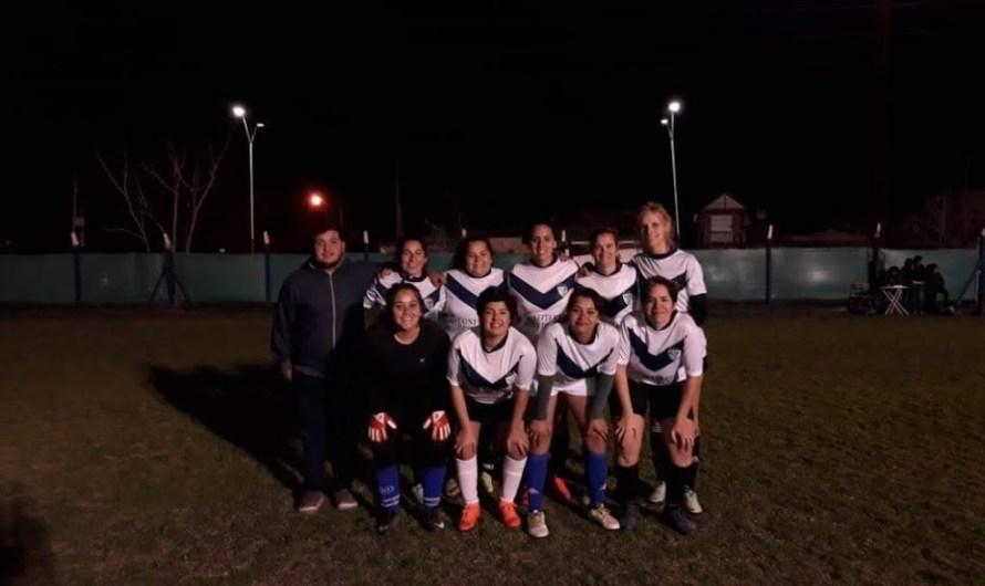 El Frontón y Vélez son los líderes en la Primera del Fútbol Femenino