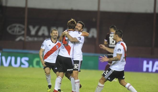 Diego Abal le dio el gol a Santiago Sosa en la goleada de River a Lanús (video)