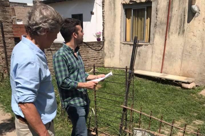 Concejales recorren el barrio Eva Duarte