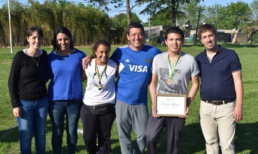 Francisco Álvarez recibió un reconocimiento por su clasificación a los Juegos Evita