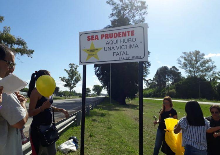 Una estrella amarilla en la Ruta 5 recuerda a Jonathan Mendoza