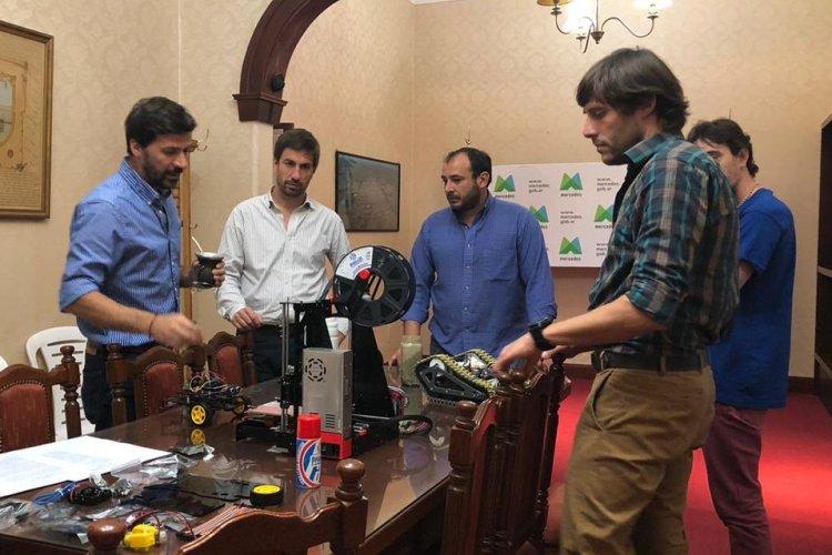 Tecnología de Provincia entregó aula robótica y fabricación digital al Municipio de Mercedes