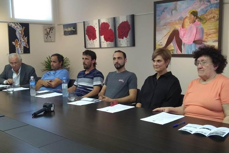 Muestra de Orfebrería con la presentación del maestro orfebre Emilio Patarca