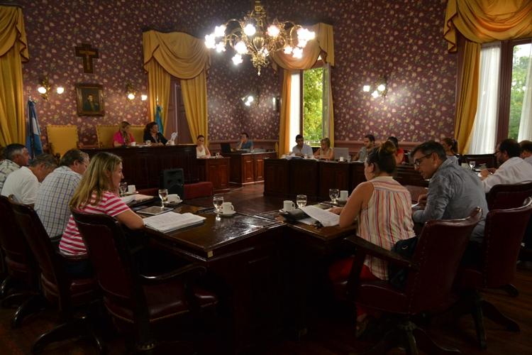 Concejales sesionaron el viernes a la tarde