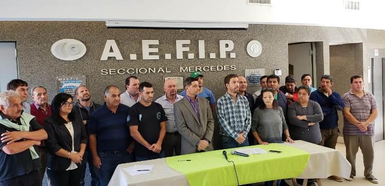 Municipio firma convenio con sindicatos para el sorteo de terrenos