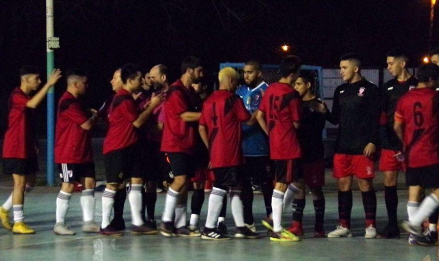 La Escuela Municipal de Futsal volvió al triunfo en Primera, ante Huracán