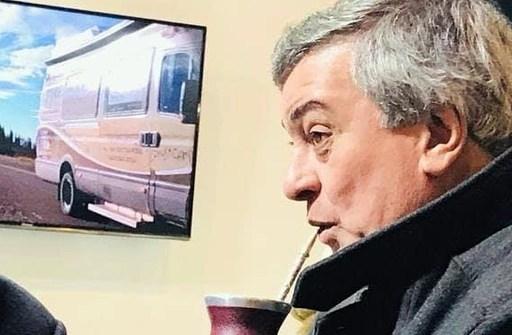 """Carlos Selva: """"El gobierno está reculando en chancletas"""""""