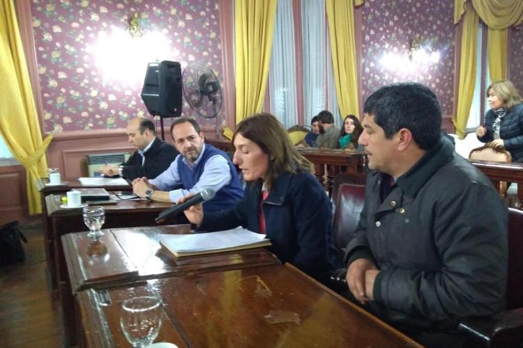 """Auxiliares de educación piden que se declare """"Día de Defensa de la Escuela Digna y Segura"""""""