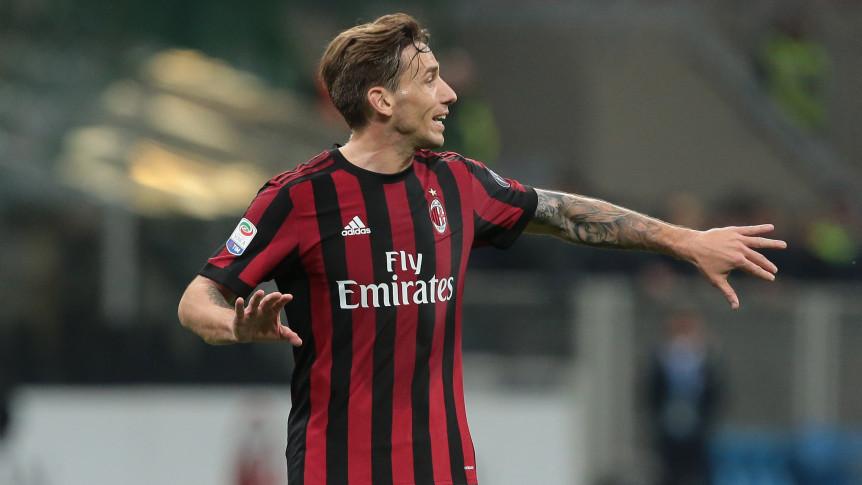 Lucas Biglia evalúa jugar en Fiorentina