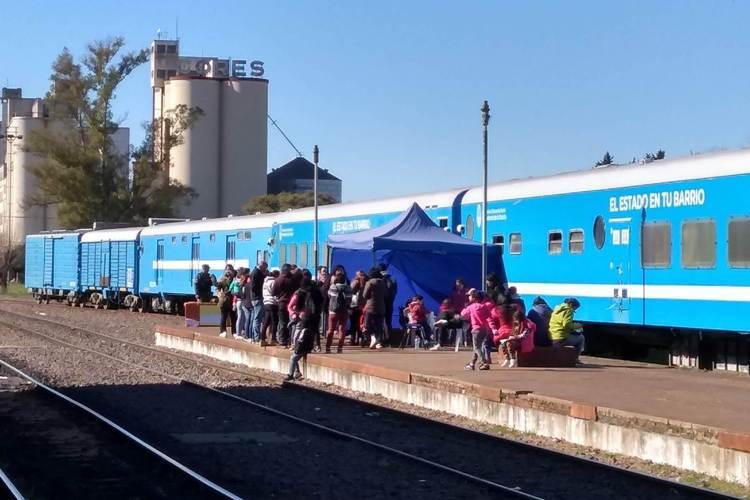 Último día del tren sanitario en la estación del Sarmiento