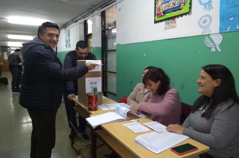Jorge Villalba denunció faltante de boletas de su partido