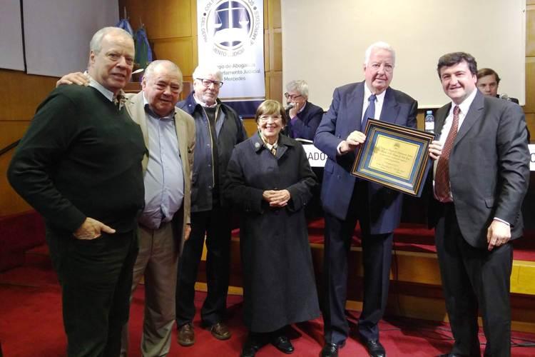 Abogados homenajearon al Dr. Enrique Guillermo Bulit Goñi