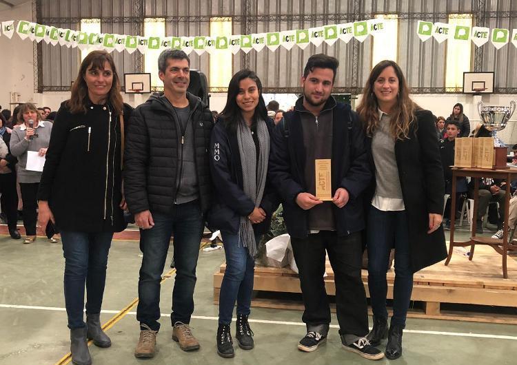 """Con """"Casas Sustentables"""" la Técnica 1 pasó a la Feria de Ciencia Provincial"""