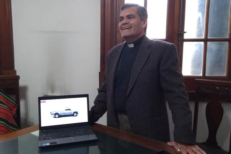 La Iglesia Catedral pondrá a sorteo una camioneta donada por una concesionaria