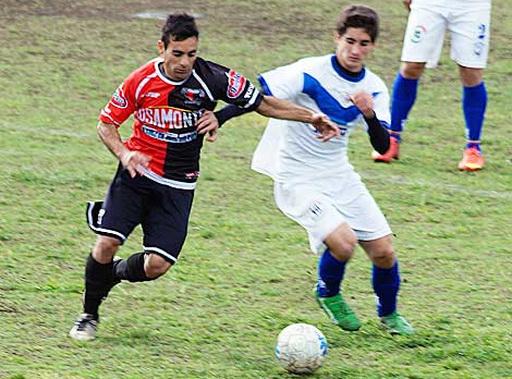 Gol de Darío Gianaschi en la victoria de Colón de Chivilcoy