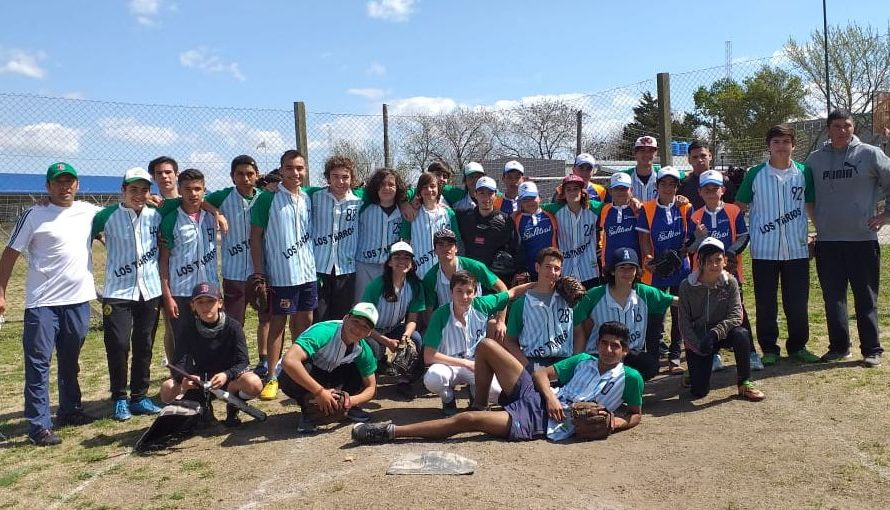 En Junín disputó un torneo la Escuela Municipal de Softbol