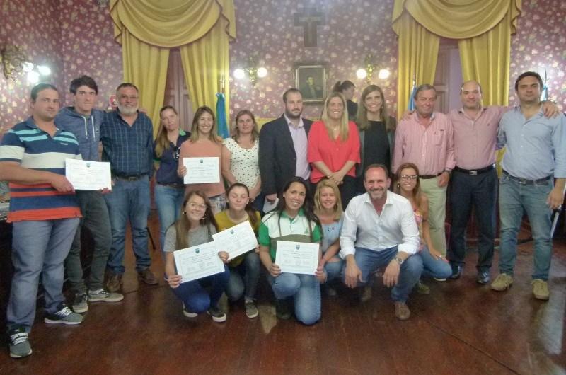 Reconocen al CEPT N° 4 por su participación en la Fiesta Nacional del Salame