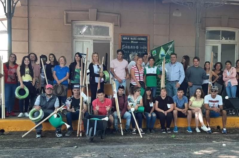 """Entregaron los premios a los ganadores del concurso """"Huertas Urbanas"""""""