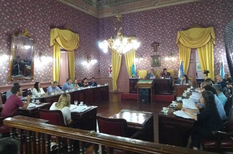 Concejales aprobaron presupuesto 2020 y código fiscal tributario