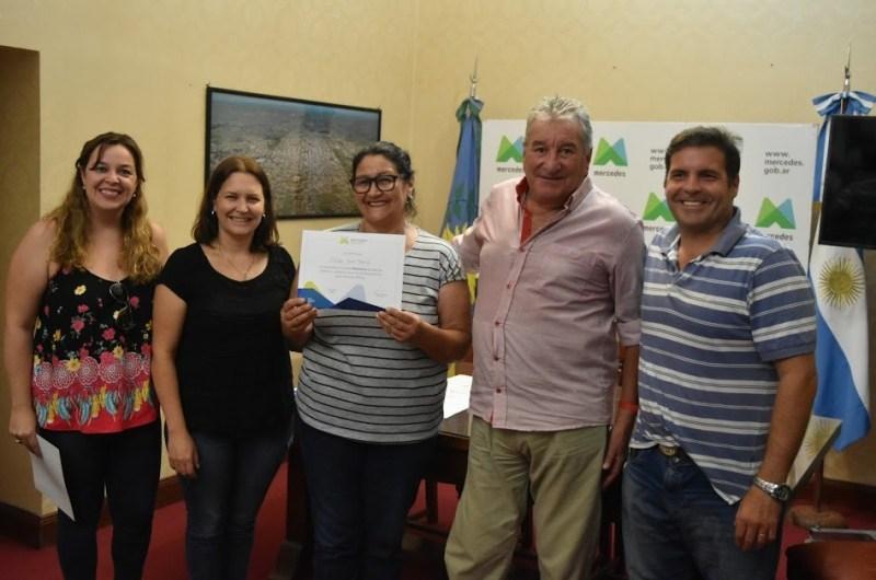Entregaron  certificados por fin de curso del Centro Municipal de Oficios