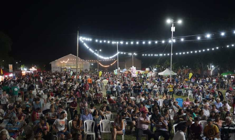 Cierre con un gran marco de público de la 43° Fiesta Nacional del Durazno