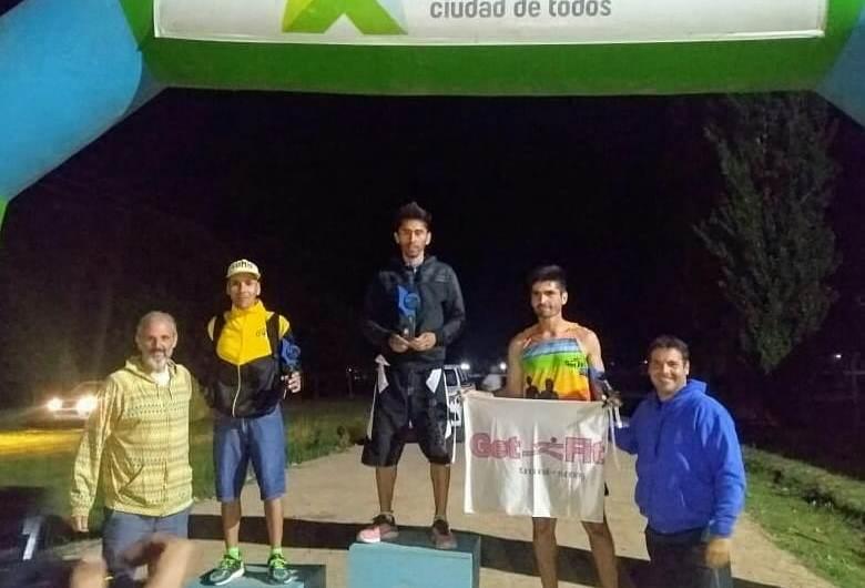Diego Coria y Sandra Cantero se quedaron con los 15K nocturnos