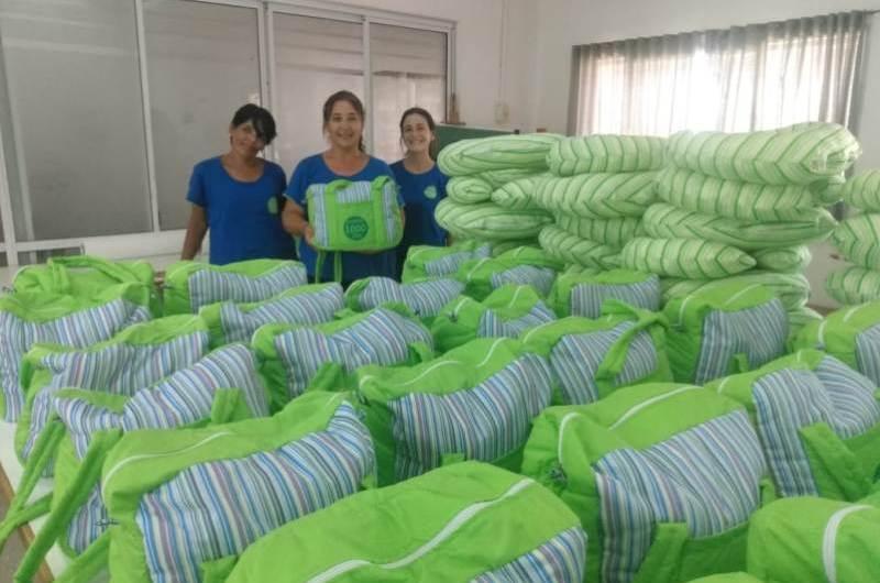 Nuevos bolsos para las futuras mamás del Programa Mil Días