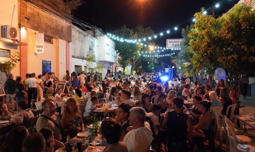 «Bares & Pizzerías» convocó a gran cantidad de vecinos