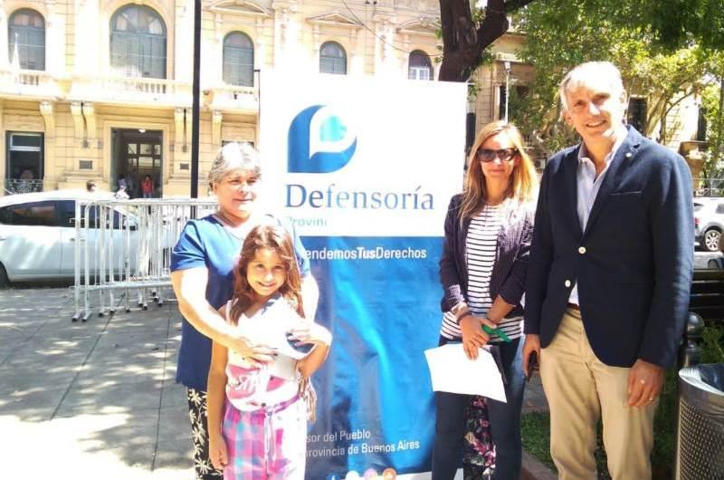 Delegación local del Defensor del Pueblo bonaerense salió a la calle a 10 años de la institución