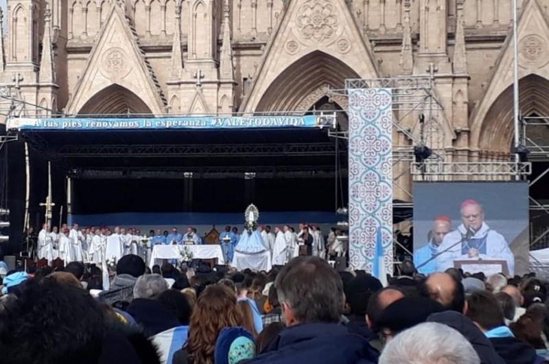 Día de la Mujer: Misa en Luján para pedir por la vida