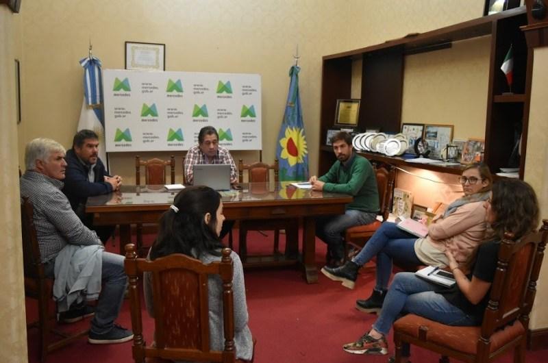 Municipio y CEM en reuniones para ayudar a los comercios locales
