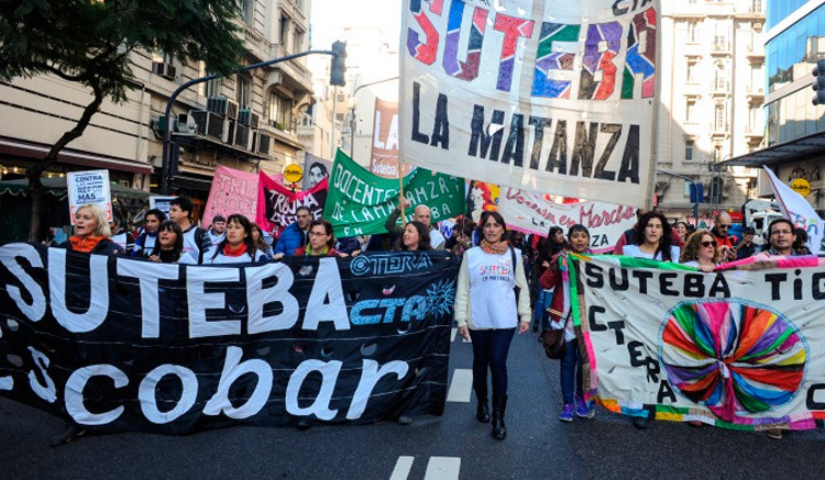 SUTEBA Multicolor propone «apagón y paro virtual» a la tarea docente
