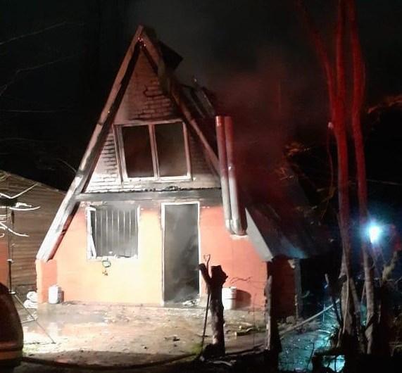 Solidaridad con la familia que perdió sus pertenencias en el incendio