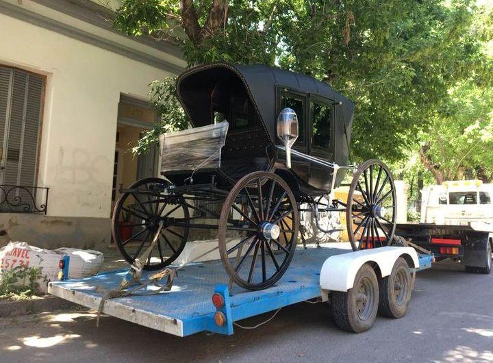 Regresó restaurado el carruaje histórico para el Miguez